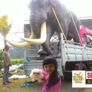 Kelik-studio-semar-mesem-monumen-patung-mamuth-seniman-patung-indonesia