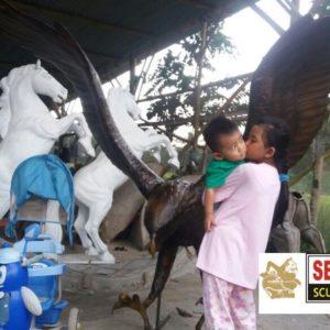Kelik Studio Semar Mesem Patung Elang Patung Kuda Jasa Pembuatan Patung