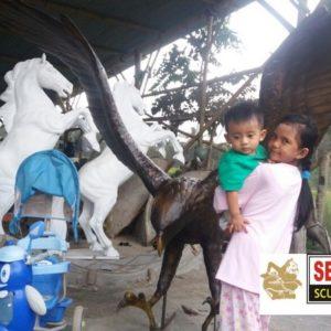 Kelik Studio Semar Mesem Patung Elang Patung Kuda Patung Fiber Resin