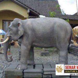 Kelik Studio Semar Mesem Patung Fiber Jogja Gwk Bali