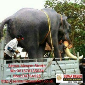 Kelik Studio Semar Mesem Patung Gajah Jumbo Pengrajin Patung Fiber Di Bali