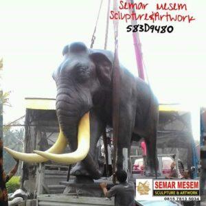 Kelik Studio Semar Mesem Patung Gajah Mamuth Seni Patung
