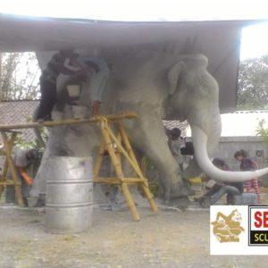 Kelik-studio-semar-mesem-patung-mamuth-patung-bali