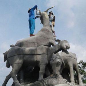Kelik Studio Semar Mesem Kambing Etawa Patung Budha Terbesar