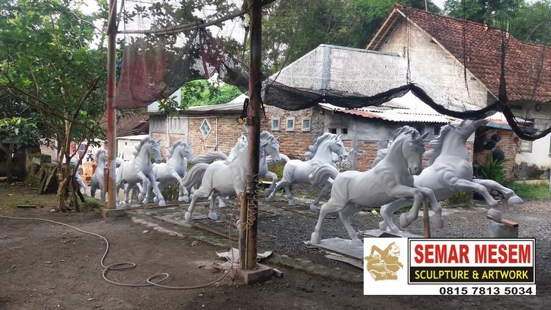 Kelik Studio Semar Mesem Kerajinan Patung Kuda Jual Patung Murah