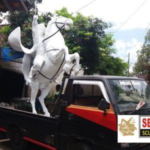 Kelik Studio Semar Mesem Kuda Bagus Patung Lucu