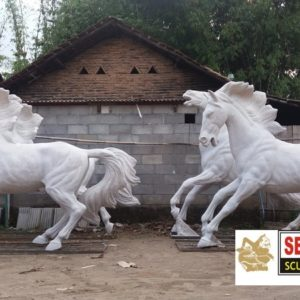 Kelik Studio Semar Mesem Kuda Contoh Seni Rupa