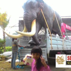 kelik-studio-semar-mesem-monument-gajah-patung-terkenal-di-bali