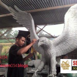 Kelik Studio Semar Mesem Patung Elang Patung Fiber Surabaya