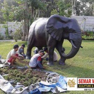 Kelik Studio Semar Mesem Patung Gajah Foto Patung