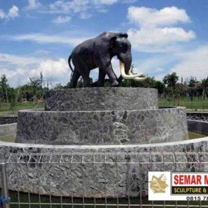 Kelik Studio Semar Mesem Patung Gajah Klaten Patung Patung Di Indonesia