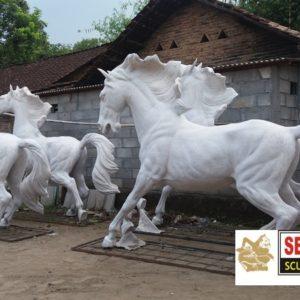 Kelik Studio Semar Mesem Patung Kuda Lari Patung Gwk Bali