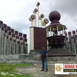 Kelik Studio Semar Mesem Patung Mayong Patung Terbesar Di Indonesia