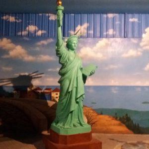 Kelik Studio Semar Mesem Patung Liberty Klaten Patung Liberty Indonesia Patung Liberty