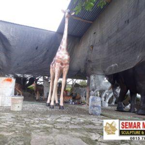 Jasa Pembuatan Patung Di Bandung Patung Display Baju Murah Patung Fiber