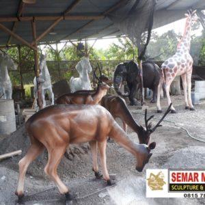 Jasa Pembuatan Patung Kayu Patung Panda Murah Jual Patung Di Makassar