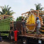 Pengiriman Patung Maskot Durian Magelang-Pekanbaru..!