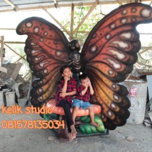 Patung Fiberglass Tangerang Kursi Kupu2 Wahana Permainan