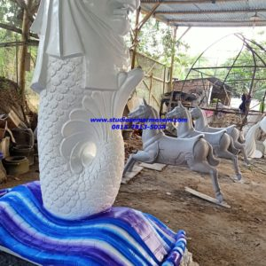 Patung Merlion Kalimantan Pembuat Patung Merlion Pengrajin Patung Fiber Surabaya