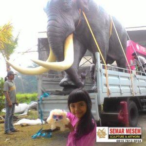 Kelik Studio Semar Mesem Patung Gajah Besar Patung Monumental Copy