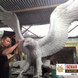 Kelik Studio Semar Mesem Buat Patung Burung Cara Membuat Patung Hewan Dari Tanah Liat