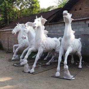 Patung Kuda Berlari Patung Makasar Patung Malang