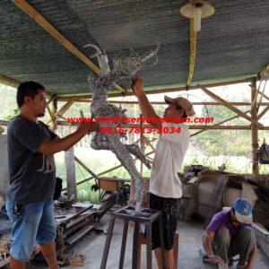 Patung Fiber Makassar Patung Lilit Kawat Patung Fiberglass Malang