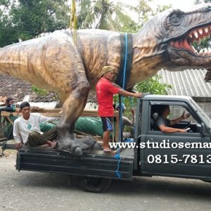 Patung Dinosaurus Taman Membuat Dinosaurus Dari Plastisin Patung Triceratops