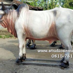 Patung Karapan Sapi Di Surabaya Patung Karapan Sapi Patung Sapi Pujon