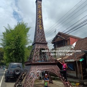 Menara Eiffel Jogja Menara Eiffel Jogja Menara Eiffel Jogja