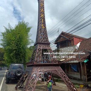 Menara Eiffel Payakumbuh Menara Eiffel Rolak Mojokerto Menara Eiffel Semarang