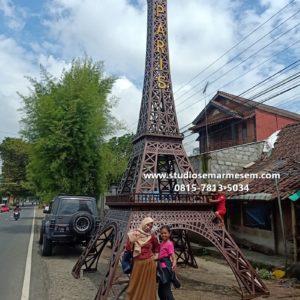 Menara Eiffel Yang Terbuat Dari Baja Jasa Pembuatan Miniatur Kayu Bikin Miniatur Eiffel