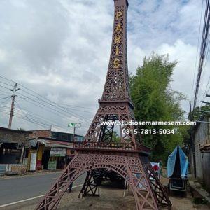 Replika Menara Eiffel Jawa Tengah Menara Eiffel Jawa Barat Menara Eiffel Jawa Timur