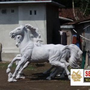 Kelik Studio Semar Mesem Patung Kuda Magelang Contoh Kerajinan Gips