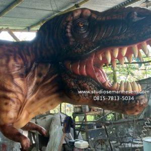 Patung Dinosaurus Bergerak Membuat Dinosaurus