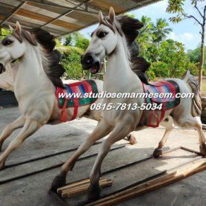 Patung Kuda Cibubur Foto Patung Kuda Harga Patung Kuda Fiber